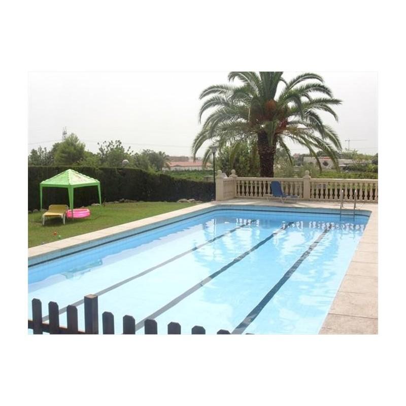 Maison t5 picassent avec piscine 484 000 for Translate piscine